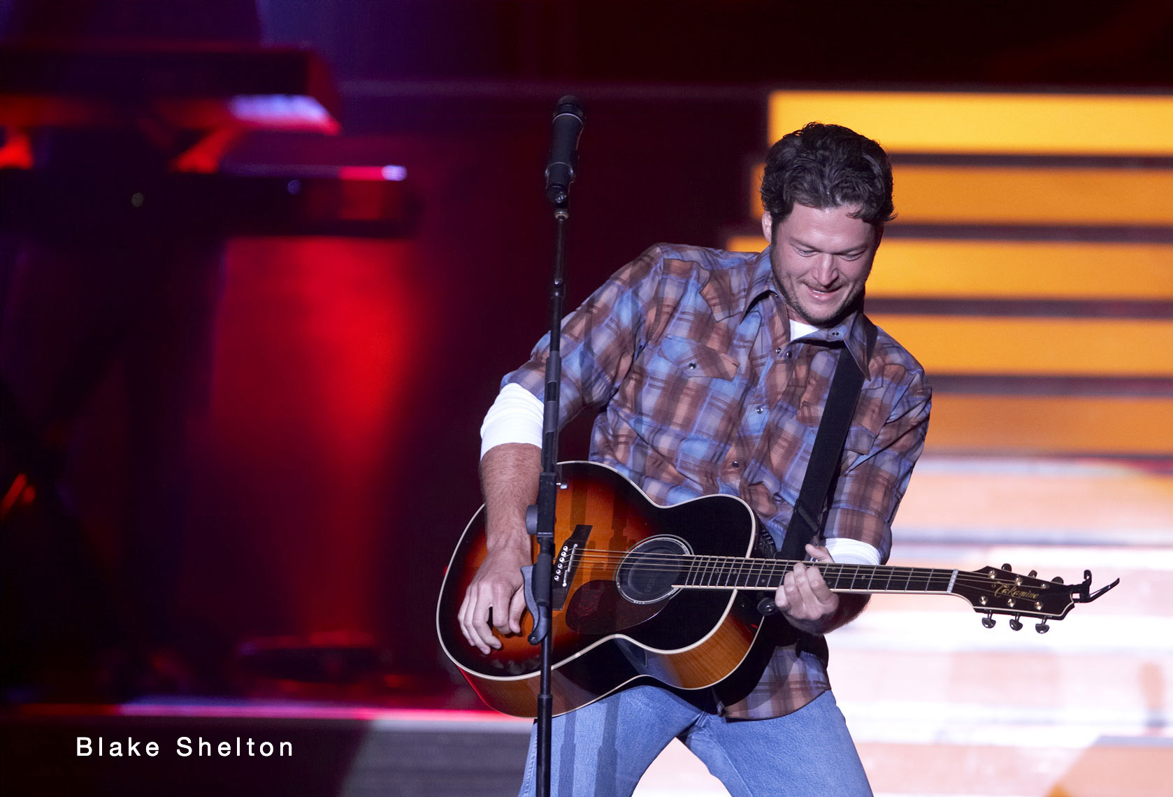 Blake Shelton/Mystic Lake Casino/concert photo