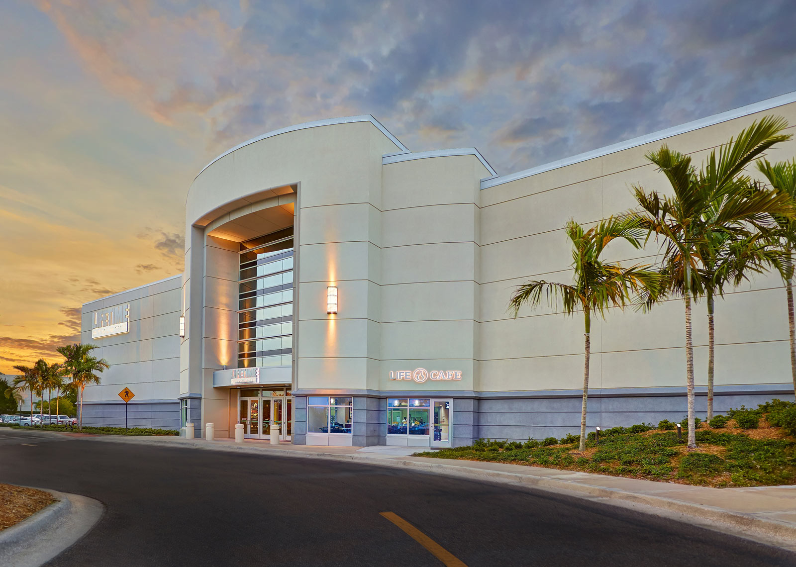Life Time Fitness/Exterior sunset of building front/ Architectural photo/InsideOut Studios