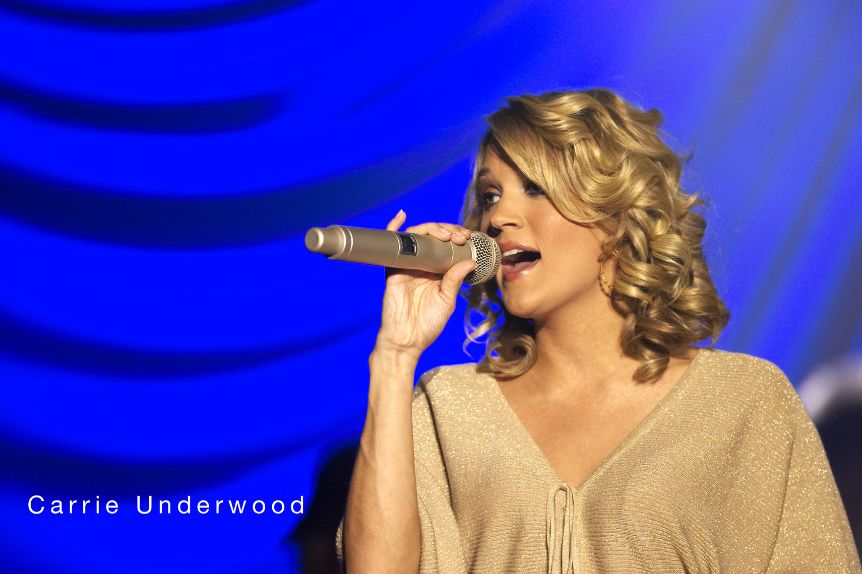 Carrie Underwood/concert/Mystic Lake Casino/lifestyle photo