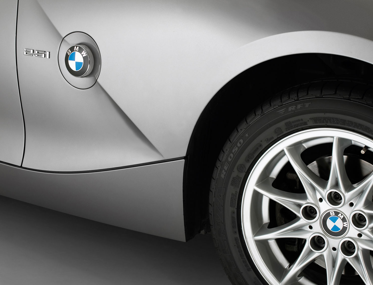 BMW/tire/silver/car/product photo/InsideOut Studios