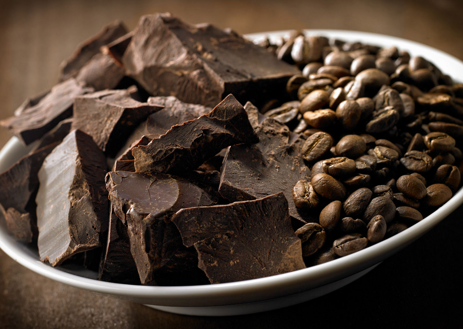 Broken Pieces/dark chocolate /coffee beans/white bowl/food photography