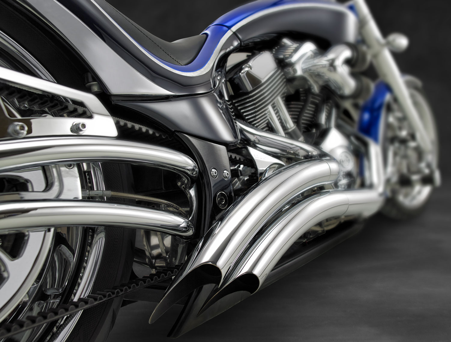 Chopper/back/chrome/cycle photography