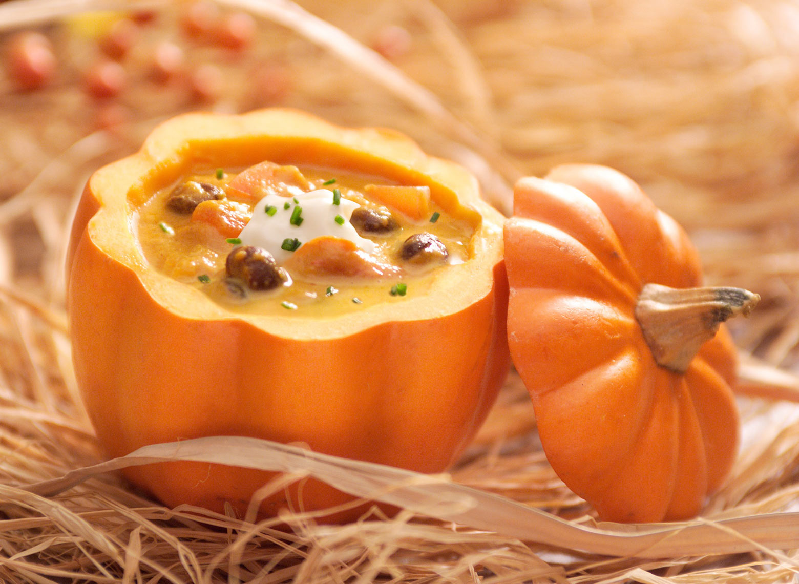 Pumpkin soup/top off/straw/food photography