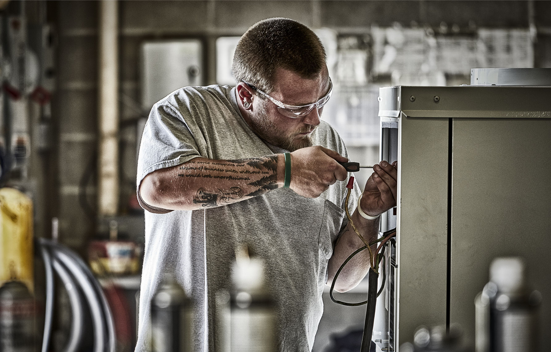 Tempair/worker/tool/manufacturing/lifestyle photo/InsideOut Studios