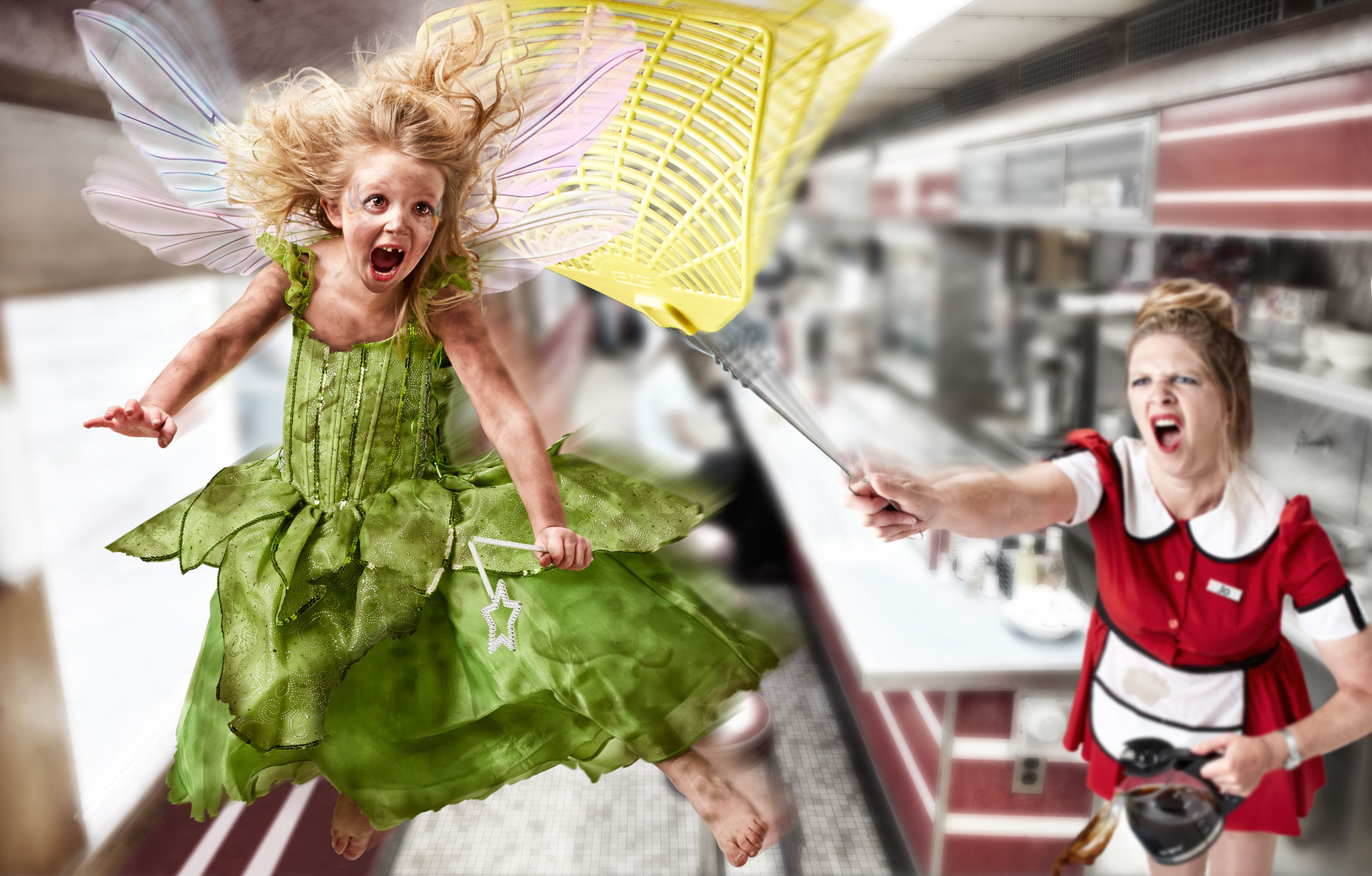 Tinkerbell/waitress/flyswater/dinning car/lifestyle photo/InsideOut Studios