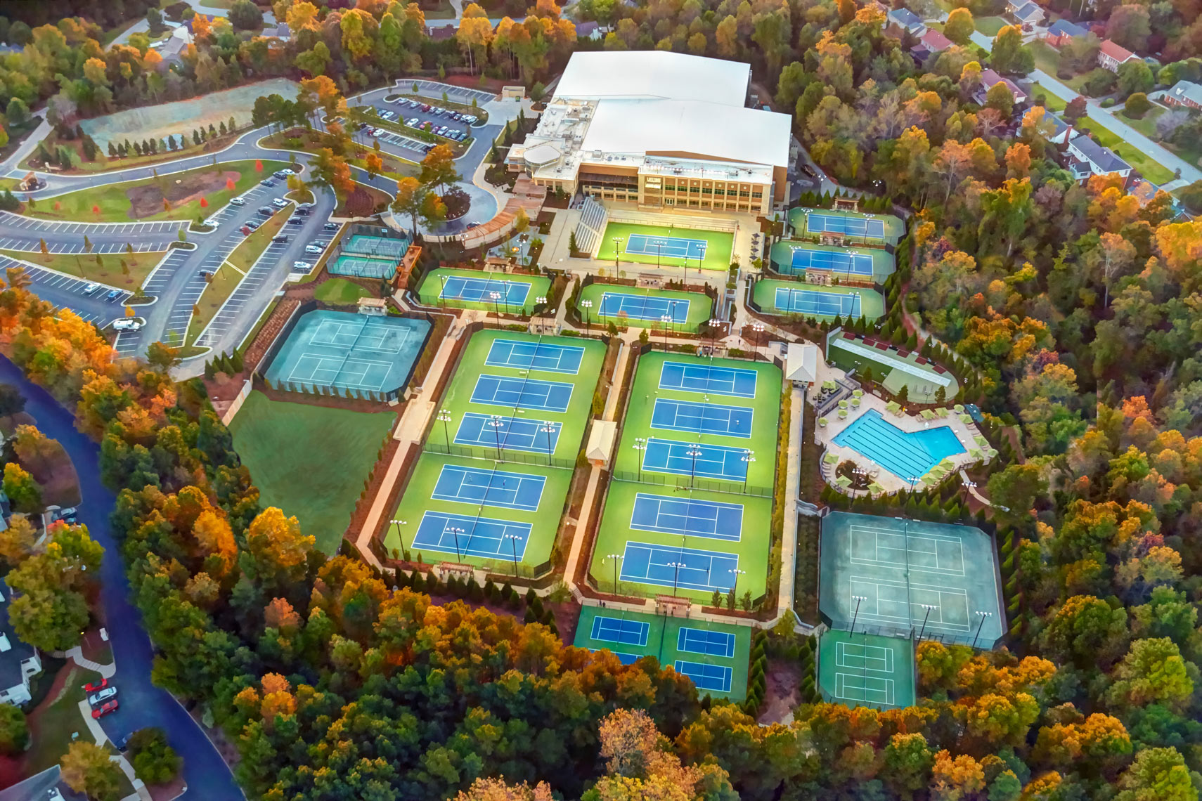 Life Time Fitness/Drone view/26 tennis courts/architectural photo