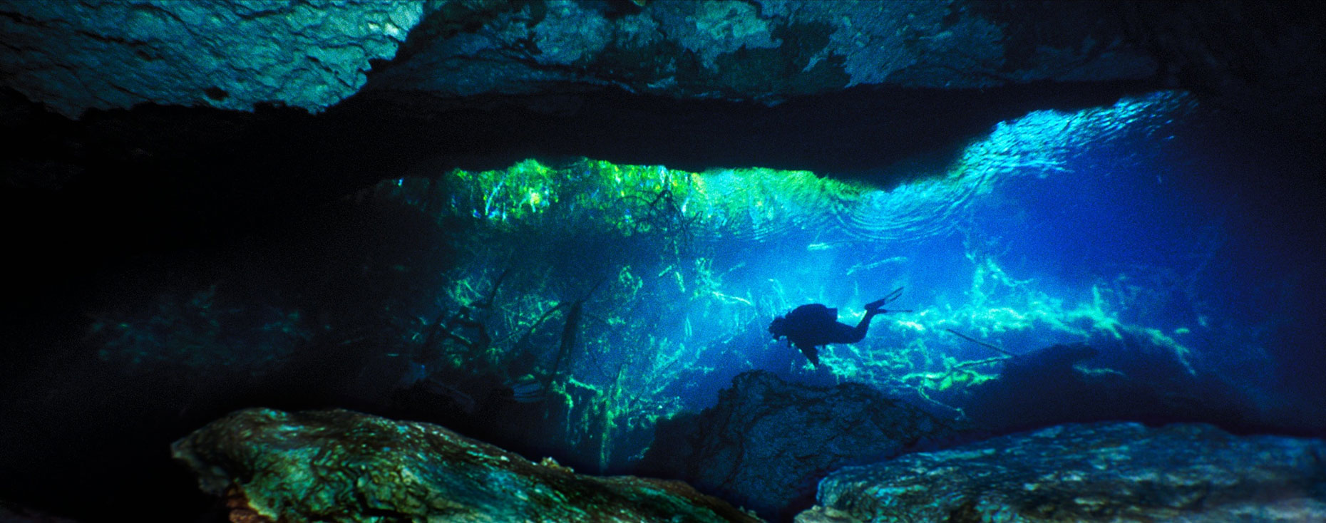 Pannoramic/underwater cave/Mexico/InsideOut Studios