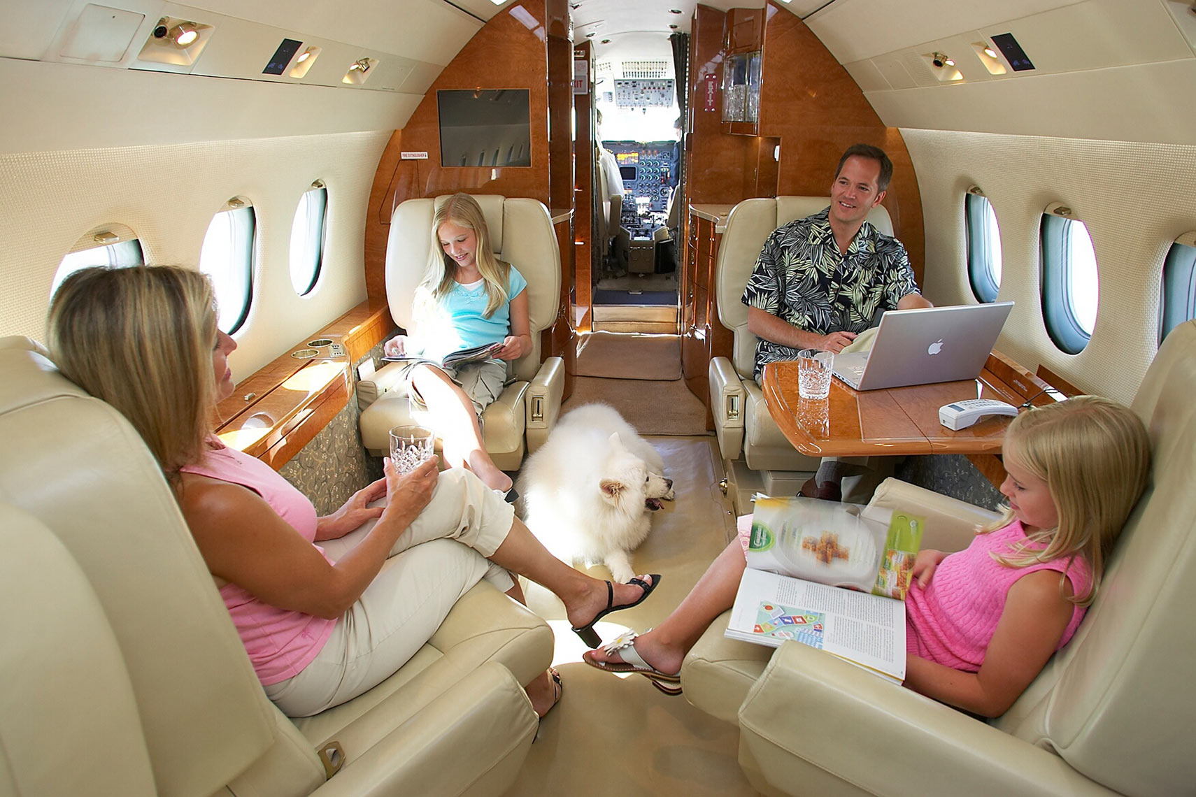 Jet/Jetchoice/family in plane/lifestyle photo